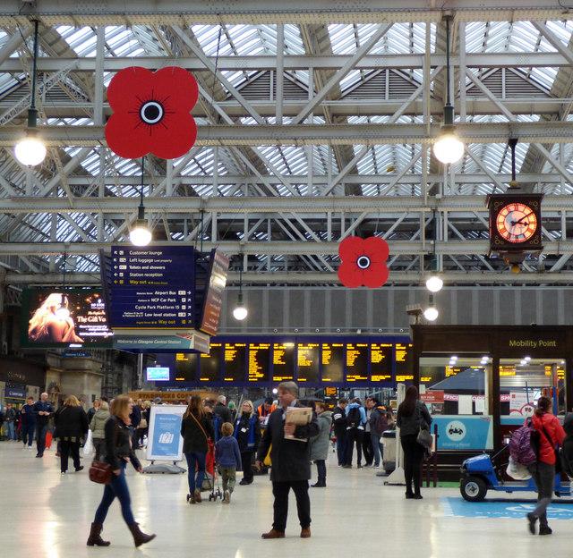 Glasgow Central railway station poppies