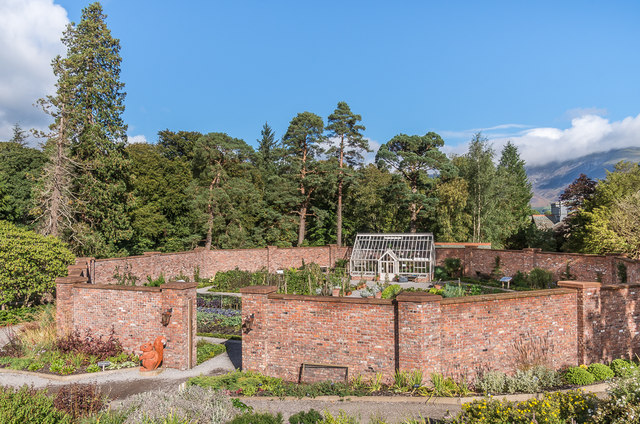 Walled garden, Lingholm