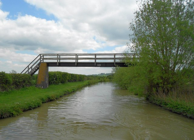 Oxford Canal: Bridge Number 129