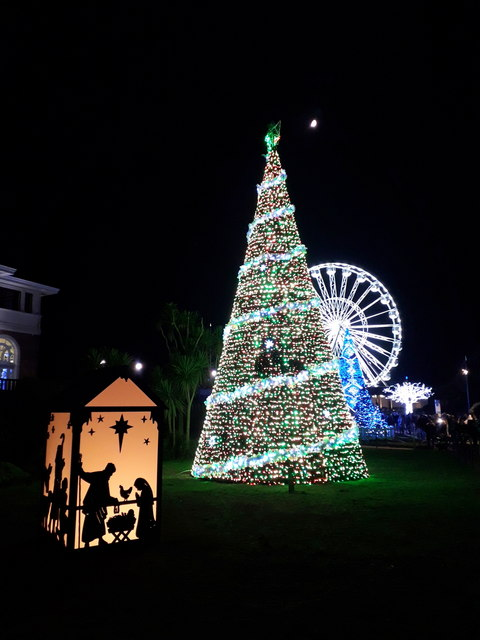 Bournemouth: lots of lights in the Lower Gardens