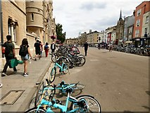 SP5106 : Oxford: City of bicycles by Gerald England