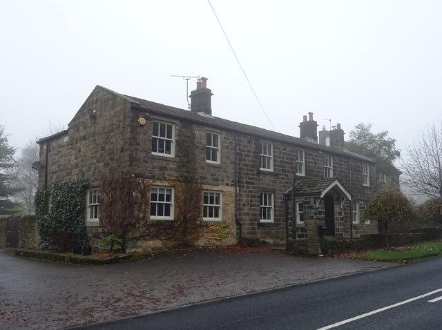 Houses on Moor Road, Bramhope
