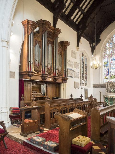 St George, Littleport - Organ