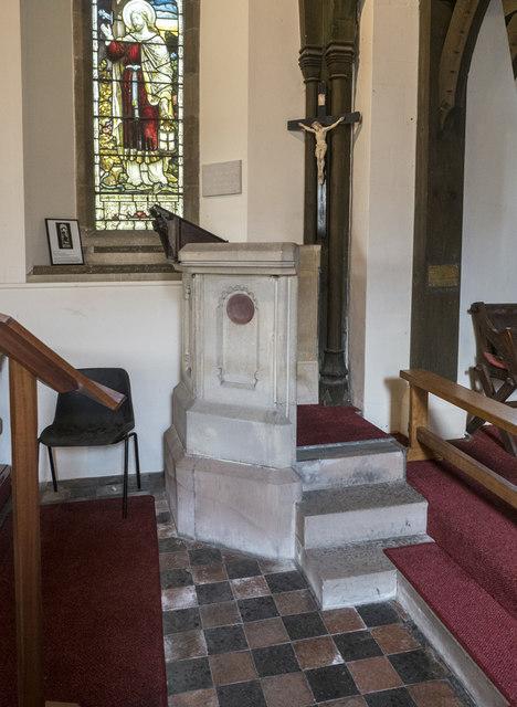 Holy Cross, Stuntney - Pulpit