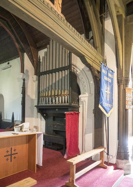 Holy Cross, Stuntney - Organ