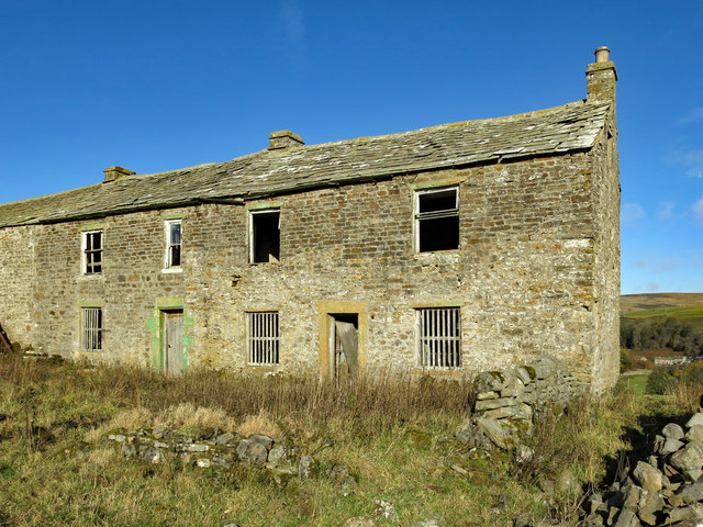 Low Rigg - dwelling end