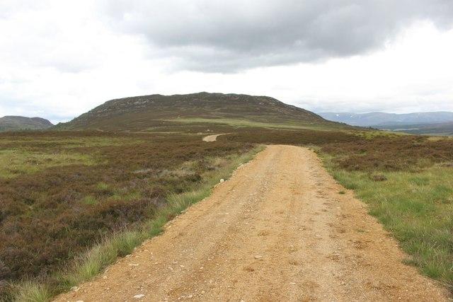 Estate track west of Creag Bheag