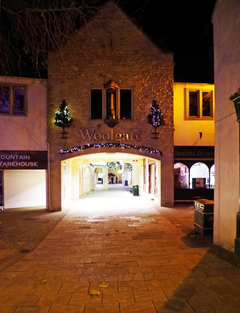 Entrance to Woolgate at night, Christmas 2016, Witney, Oxon