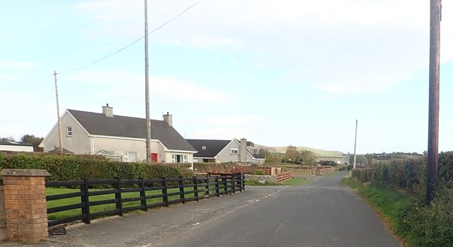 Bungalows at the Close Road junction on the Islandmoyle Road