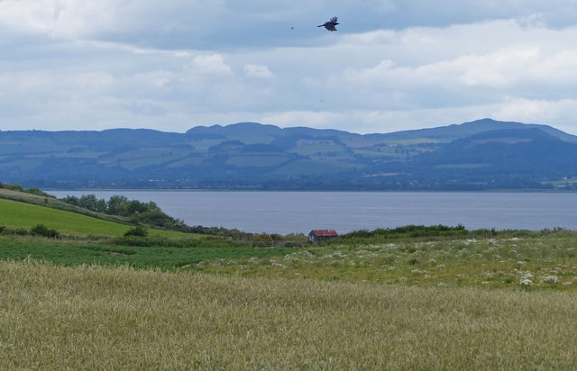View across Wormit Bay and the Firth of Tay