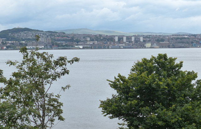 View north across the Firth of Tay