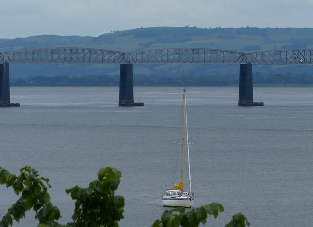 Tay Bridge viewed from Newport-on-Tay