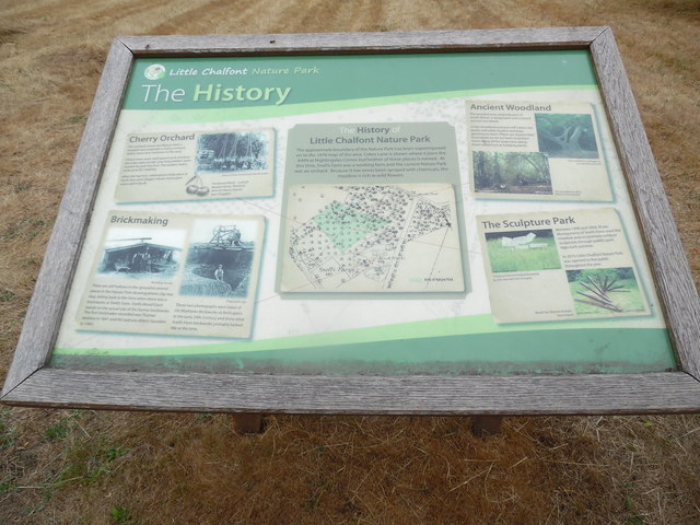 Information Board in Little Chalfont Nature Park (1)