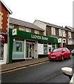 ST1494 : Lloyds Bank Ystrad Mynach by Jaggery