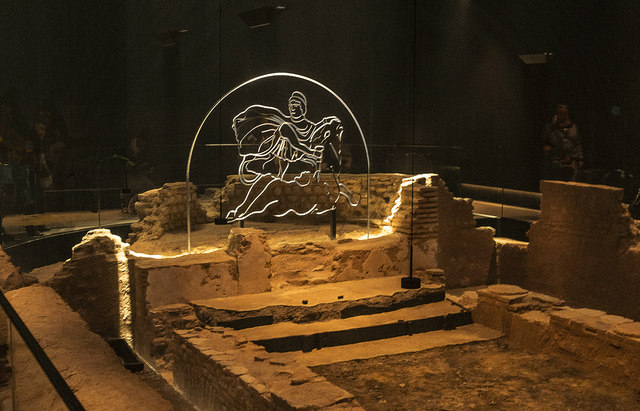 London Mithraeum : interior view