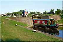 SK5023 : Narrowboat at Zouch Lock in Nottinghamshire by Roger  Kidd