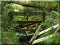 SX0454 : Sluice on the Charlestown aqueduct  by Stephen Craven