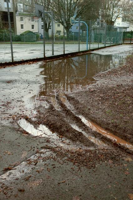 Wet day, Upton Park