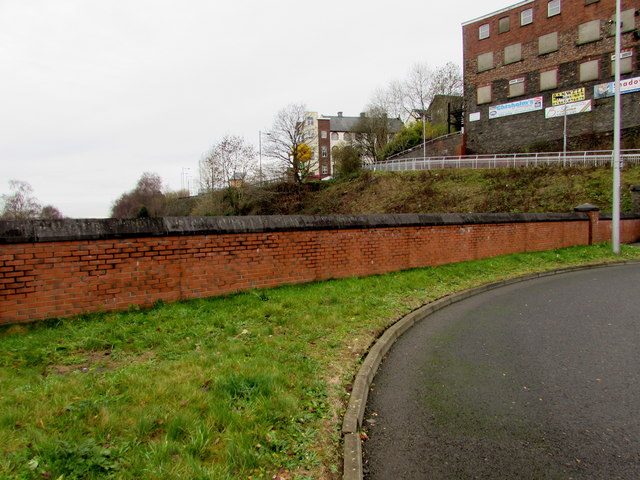Wall at the southern edge of Bargoed bus station