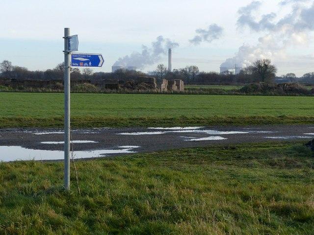 Trans Pennine Trail signpost, Burn Airfield