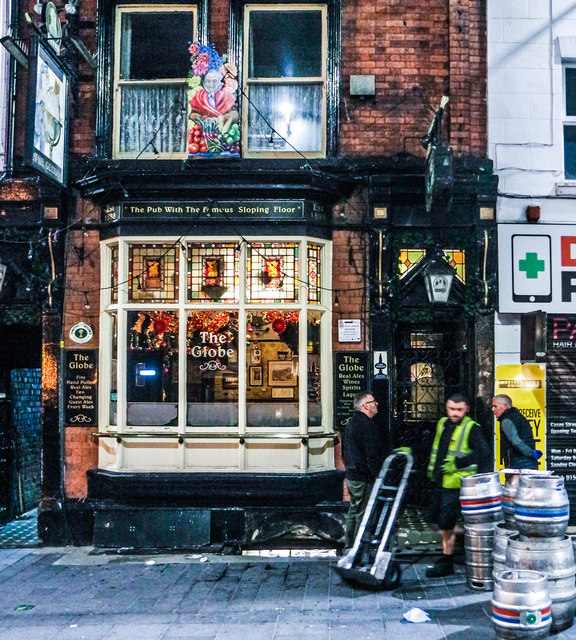 Early morning beer delivery, The Globe, Liverpool