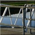 SE5726 : Criss-cross by Alan Murray-Rust