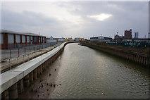 TA1031 : River Hull from Stoneferry Bridge, Hull by Ian S