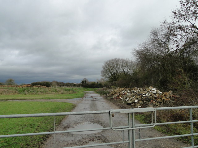 Gated entrance to Dale Farm, Great Moulton