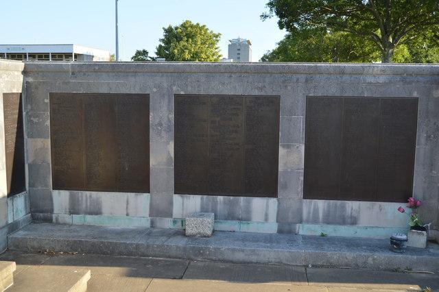 5e18df8ef Plymouth Naval Memorial © N Chadwick cc-by-sa/2.0 :: Geograph ...