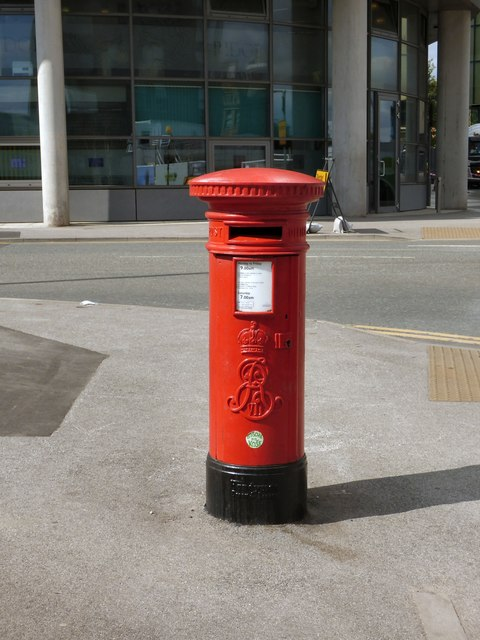 Edward VII postbox (M3 28D)