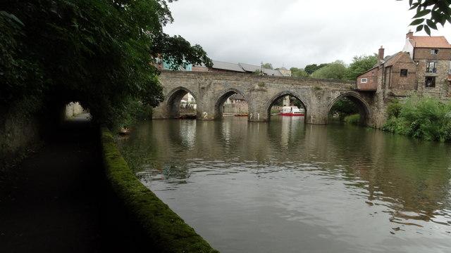 Durham - R Wear & Elvet Bridge