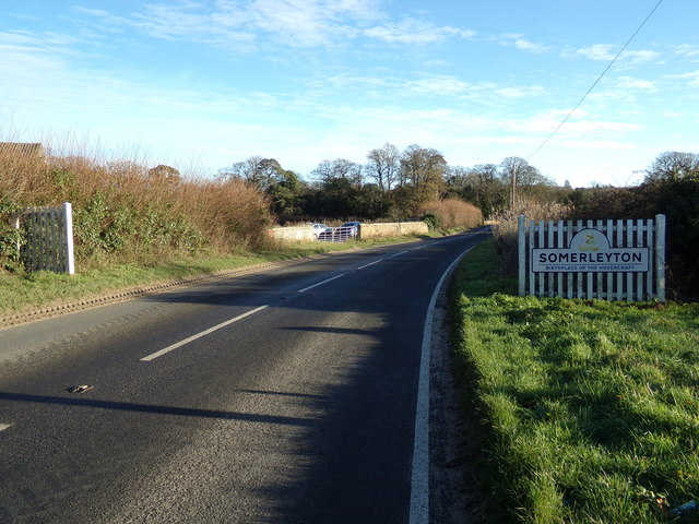 Entering Somerleyton on the B1074 St Olaves Road