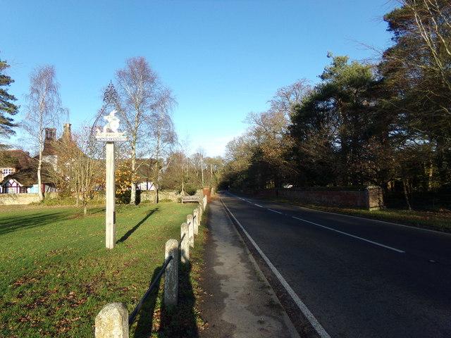 B1074 The Street & Somerleyton Village sign