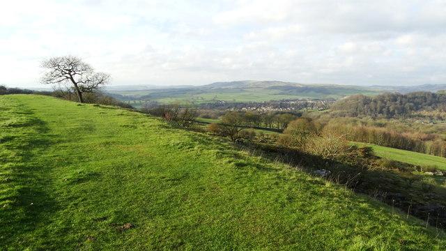 Concessionary path on Dobb Edge - view SW