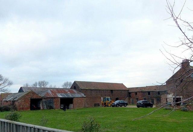 Farm buildings at Gowdall Broach Farm