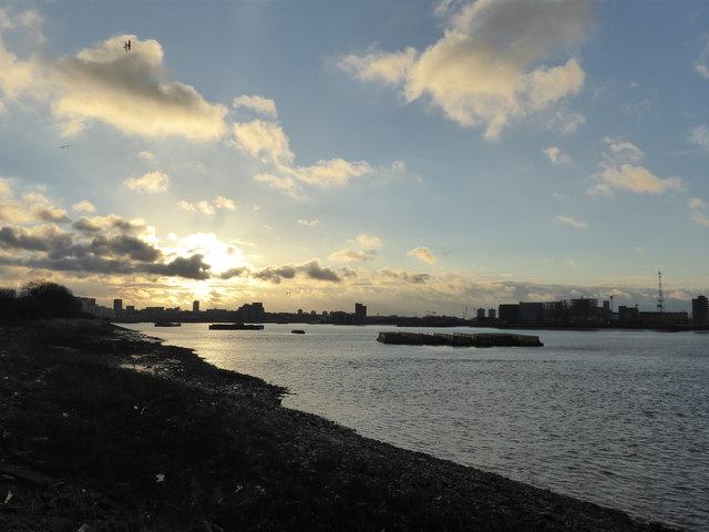 River Thames from Tripcock Ness on New Year's Day 2019