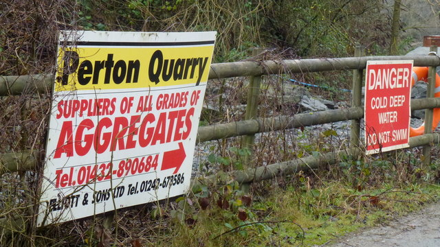 Signage by the entrance to Perton Quarry