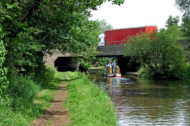 Staffordshire and Worcestershire Canal north of Penkridge