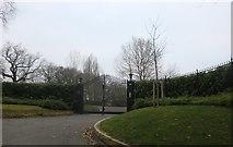 TQ4795 : Gateway on Hoe Lane, Abridge by David Howard