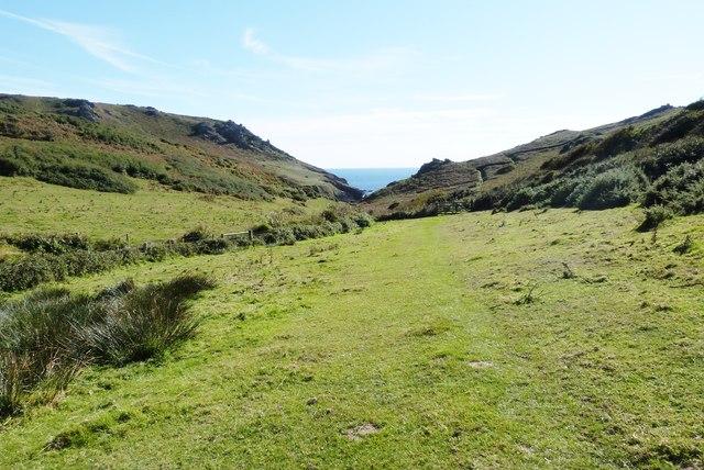 Easy walking on the SW Coast Path approaching Soar Mill Cove, Devon