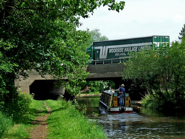 Canal and motorway near Penkridge, Staffordshire