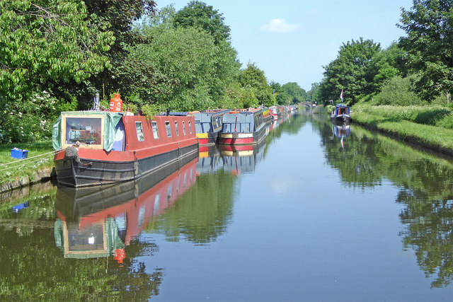 Canal north-west of Brewood, Staffordshire