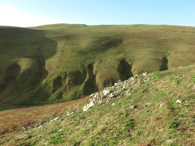 Rocky outcrop on south western slopes of Camp Knowe