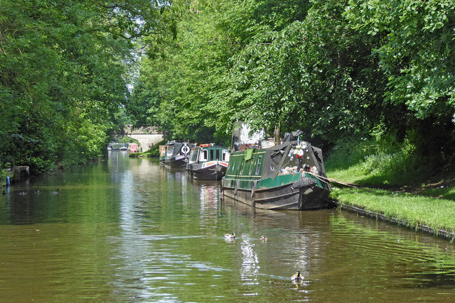 Visitor moorings near Wheaton Aston in Staffordshire