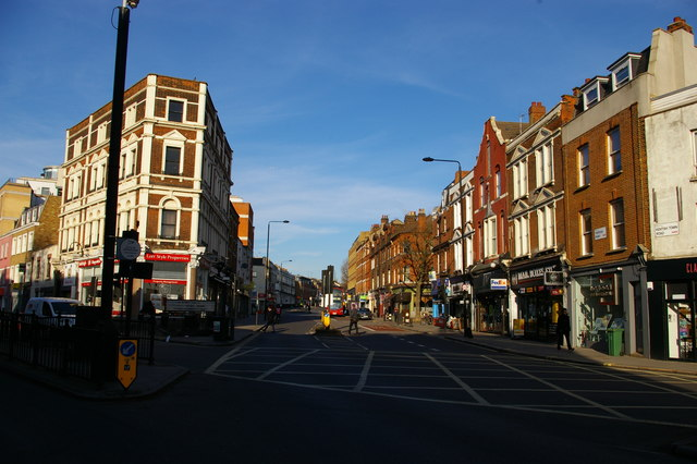 Looking north up Fortess Road