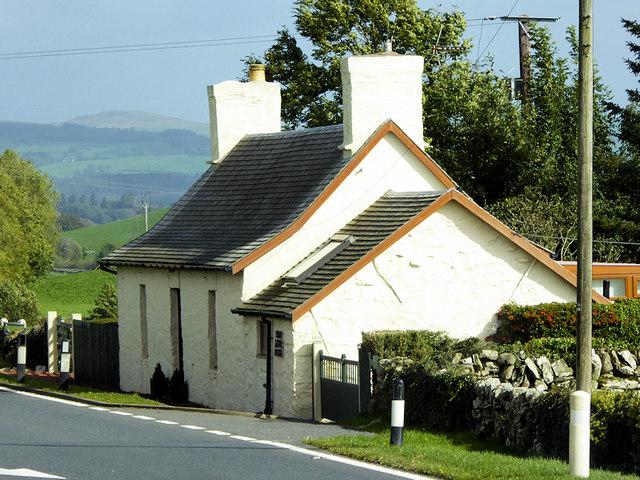 Edenville Cottage