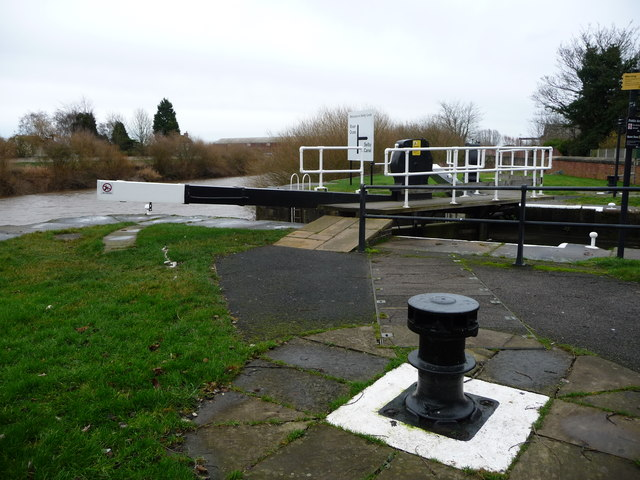 Disused capstan, Selby Canal Basin
