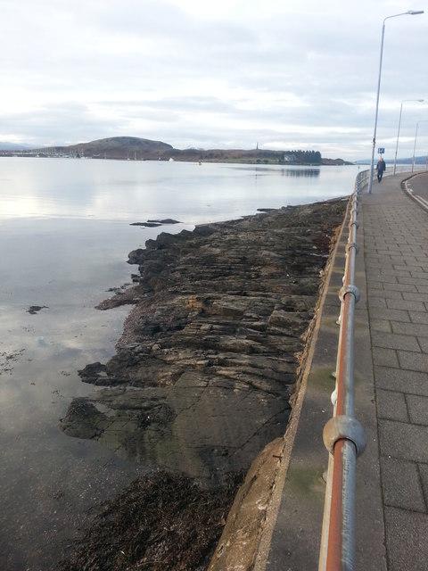 Exposed bedrock at Oban Bay