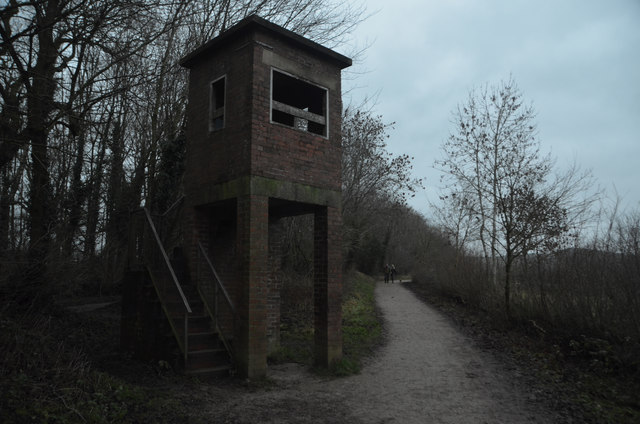 Disused WWII Lookout on the Perimeter    © Andrew Tryon