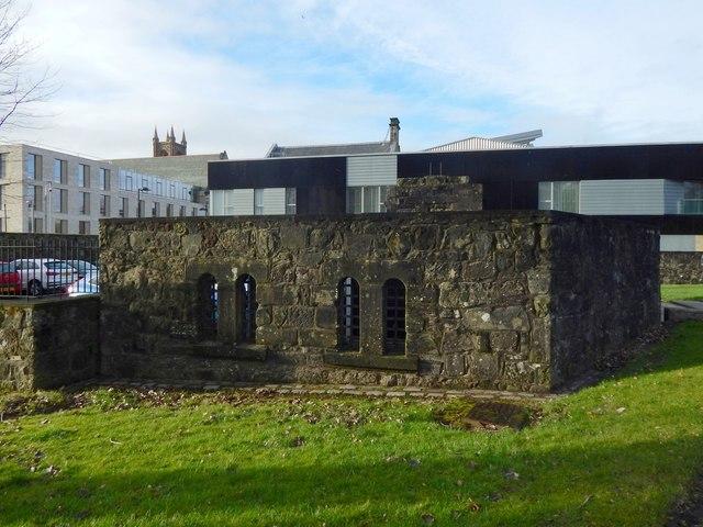 Dumbarton Prison: cell windows